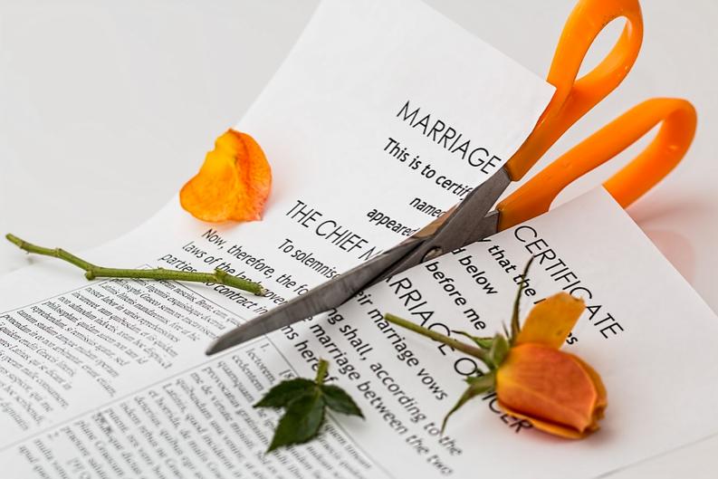 Além de vender novos seguros evite divórcios