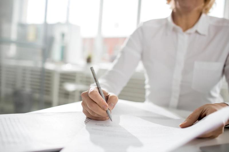 Processos manuais demandam tempo e impedem que o corretor possa prospectar e vender mais