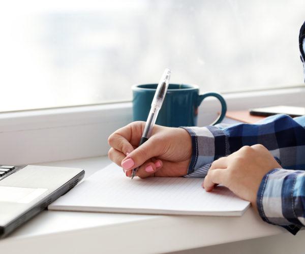Dicas essenciais para o trabalho home office do corretor de seguros