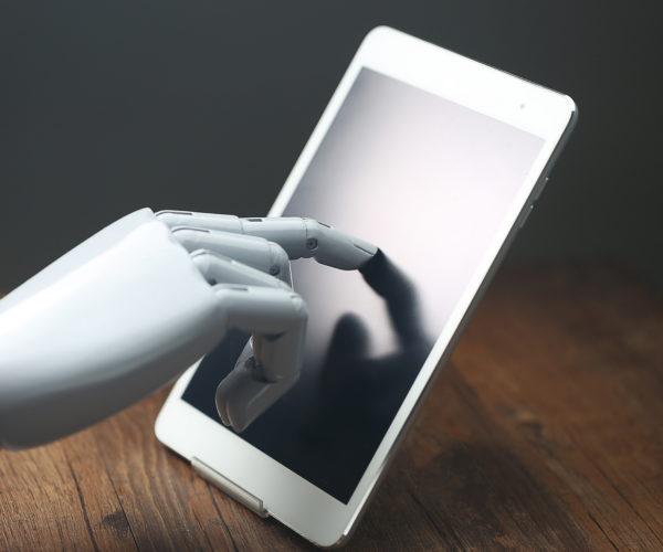 A tecnologia vai substituir os corretores de seguros?