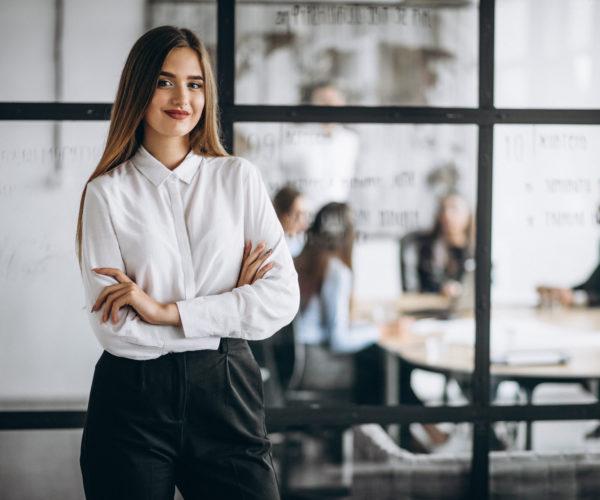 Conheça as 6 competências do corretor de seguros do futuro